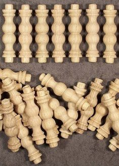 Colonnina in legno GZ10