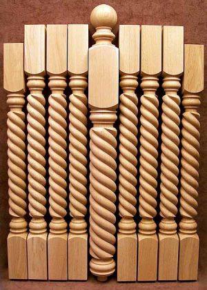 Colonnine in legno per scale con motivo a corda intrecciata LJ01X